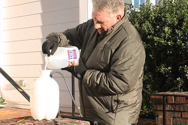 Pour PlaySafe Ice Blocker into any pump sprayer – it's ready to go, no mixing required.