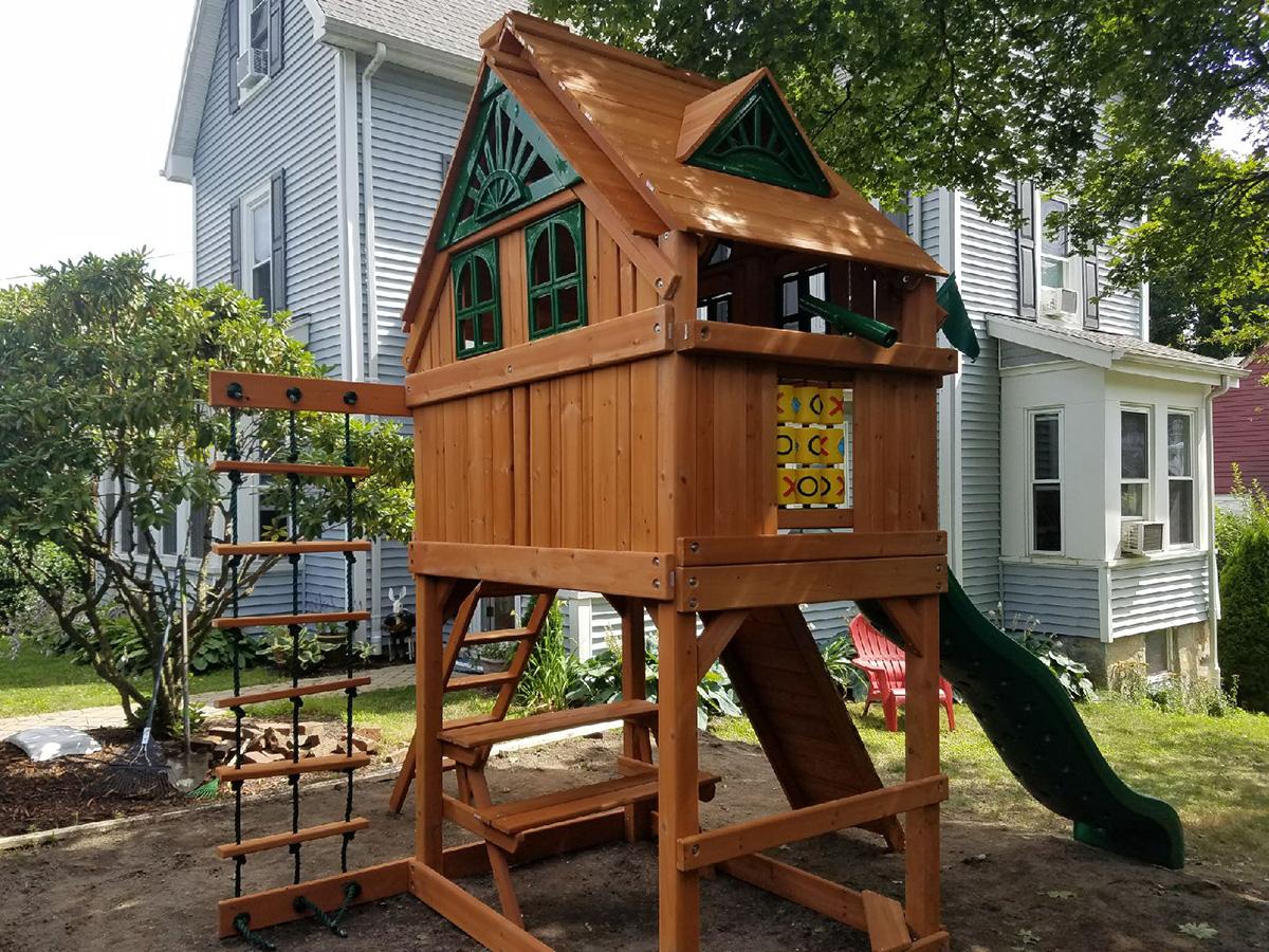 Gorilla Chateau Swing Set Installation