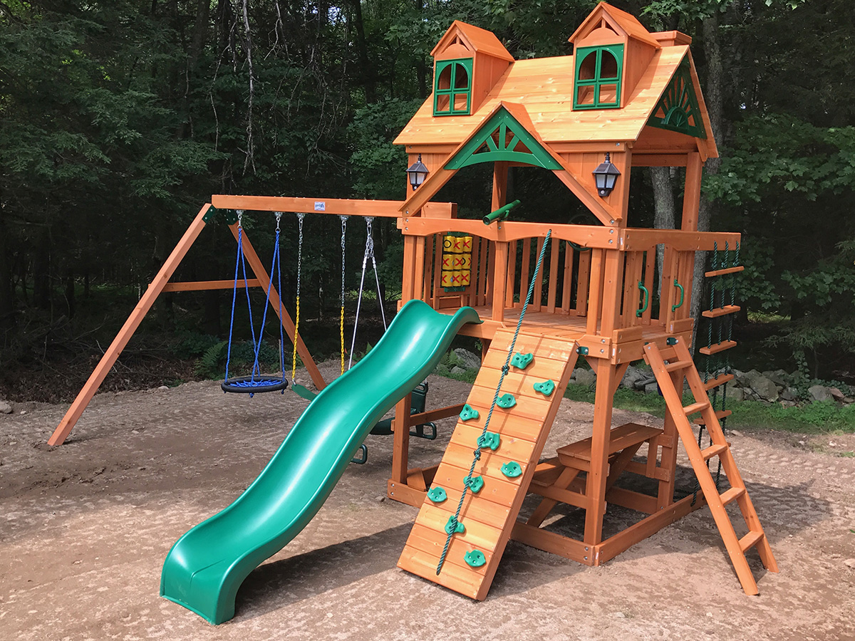 Gorilla Malibu Playset Assembly
