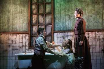 Jakop Ahlbom Company-Horror LIMF Peacock Theatre 04