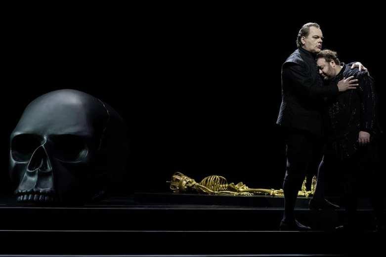 Don Carlo Opernhaus Zürich. Fotos Judith Schlosser