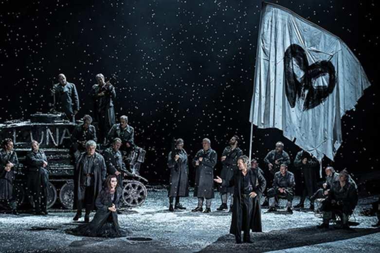 Il trovatore.The Royal Opera © 2016 ROH. Photograph by Clive Barda
