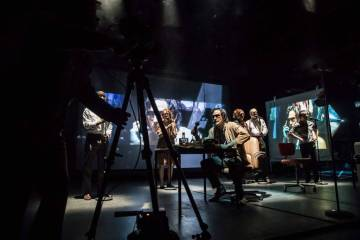 The Kid Stays in the Picture Royal Court Theatre 2017 (Johan Persson)