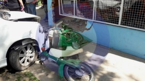 Adelanto: Auto chocó un local comercial en el norte