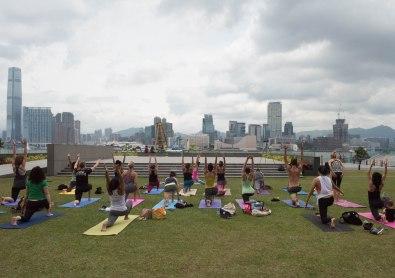 20150502 - Cora Tamar Park Yoga II - 156