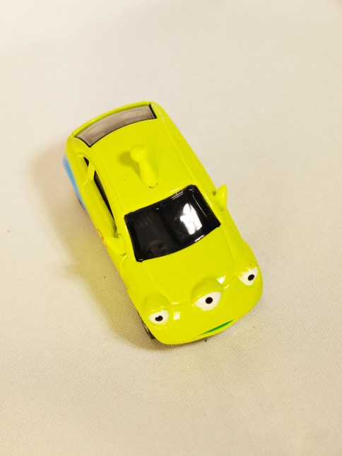TOMICA-Disney-Toy_Story-Alien-Racing Corotto-Hatchback-Green-3