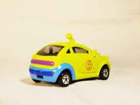 TOMICA-Disney-Toy_Story-Alien-Racing Corotto-Hatchback-Green-6