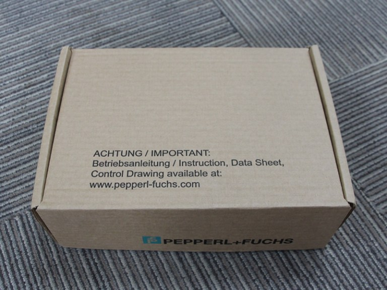 1 piece, Pepperl+Fuchs F2D0-TI-Ex8.FF.CGS.ST Temperature Multi-Input Device