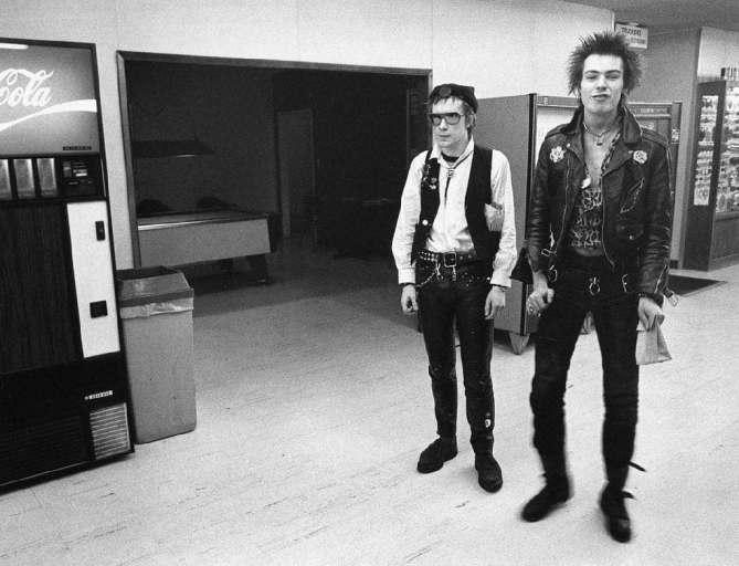 Johnny Rotten and Sid Vicious on the Sex Pistols U.S. tour. Photo: Bob Gruen