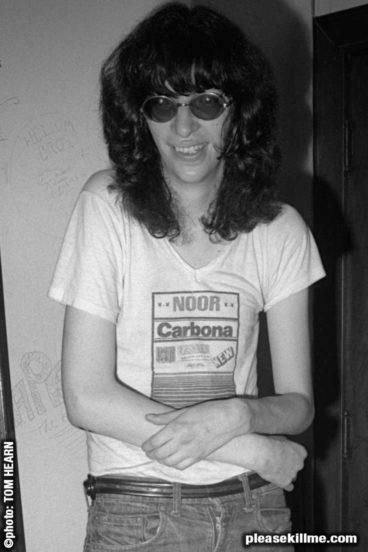 Joey Ramone July 1976 - photo © by Tom Hearn
