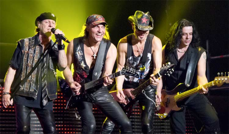 Scorpions by Carlos Delgado [CC BY-SA 3.0 (http://creativecommons.org/licenses/by-sa/3.0)], via Wikimedia Commons