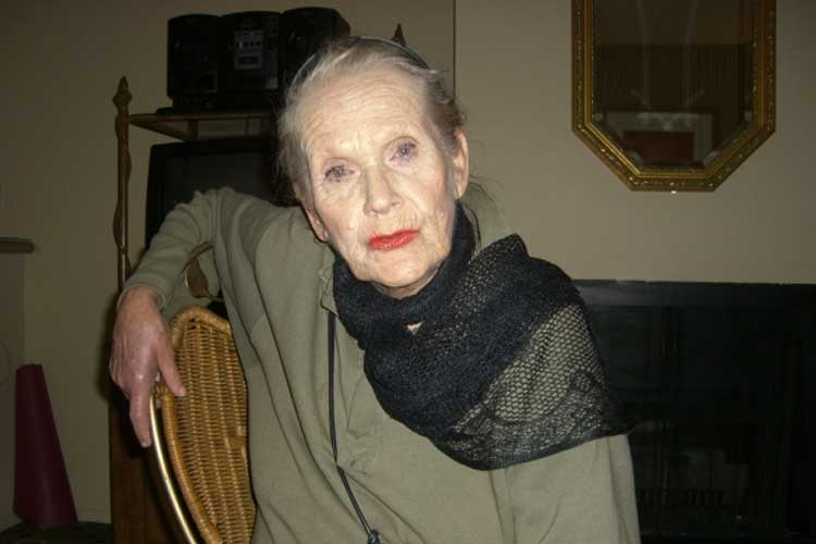 Maila Nurmi, December, 13, 2007 (Photo: Stacey Asip-Kneitschel)