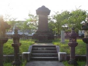 黒田官兵衛墓