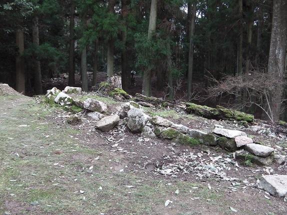 吉田郡山城二の丸の石積み