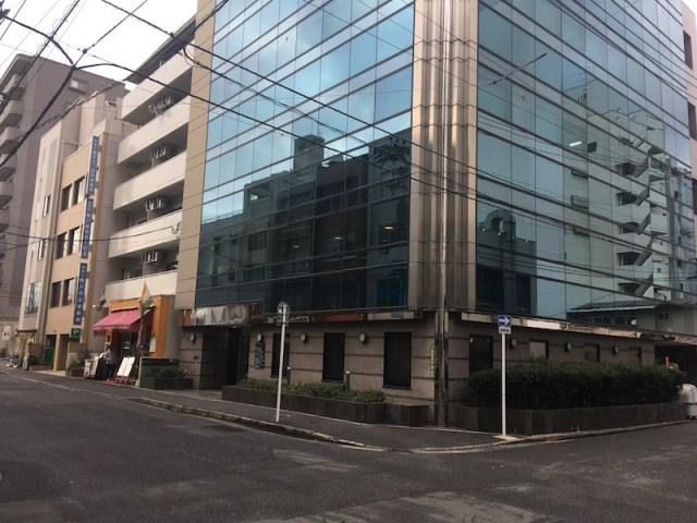 hajimari-no-madoが入っているビルの外観