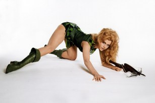 jane-fonda-as-barbarella-1967-david-hurn1
