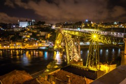 Ponte Dom Luis 1: vue nocturne.