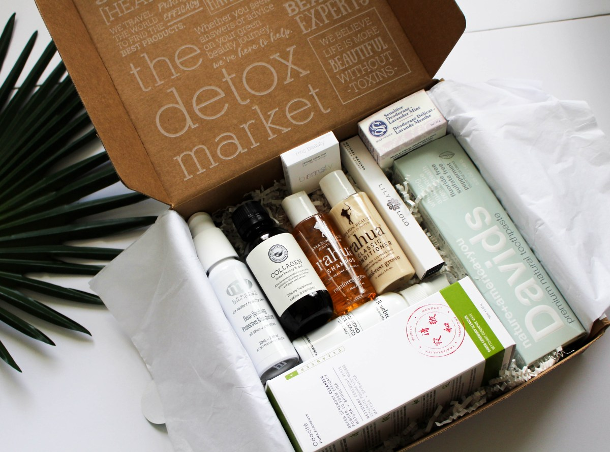 Expert Curation From The Detox Market's Best of Green Beauty Box 2017