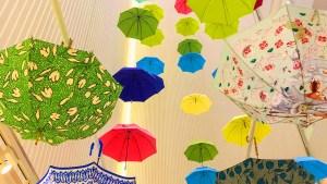 梅雨の風物詩「GINZAの百傘会」で、福井洋傘のすてきな工夫に出会いました