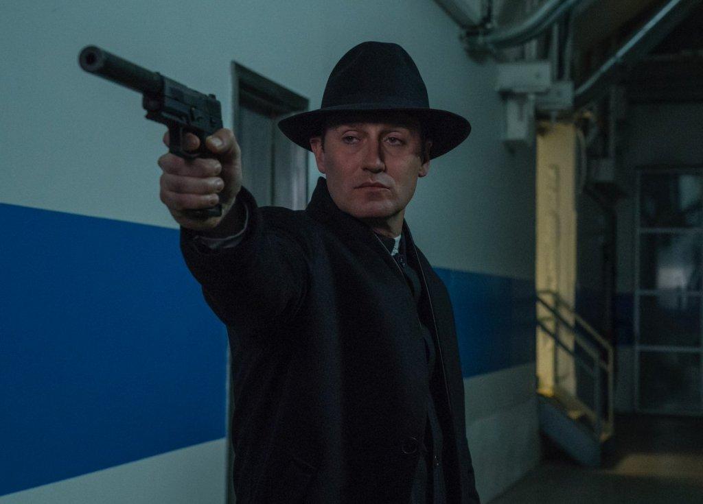 Josh Stewart como John Pilgrim en la temporada 2 de The Punisher. Imagen: See What's Next Twitter (@seewhatsnext).