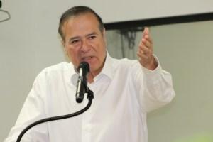 Registra alianza de Morena-PT-PVEM-T candidatura de Arturo González Cruz en Tijuana