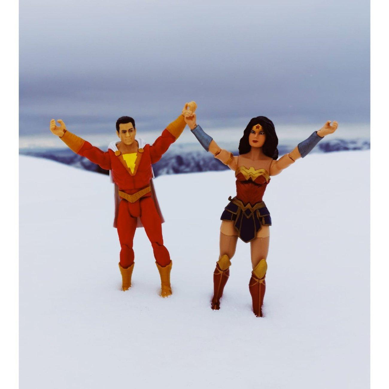 ¿Shazam y Wonder Woman en la Justice League del DCEU?. Imagen: Gal Gadot (@GalGadot).