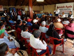 Servidores municipales territoriales y eliminar la figura de delegados: propuesta de Armando Ayala