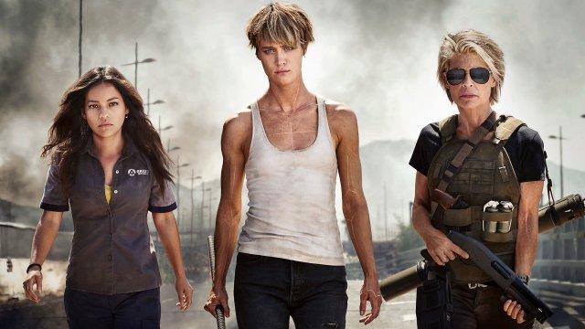 Dani Ramos (Natalia Reyes), Grace (Mackenzie Davis) y Sarah Connor (Linda Hamilton) en Terminator: Dark Fate (2019). Imagen: Paramount Pictures Twitter (@ParamountPics).
