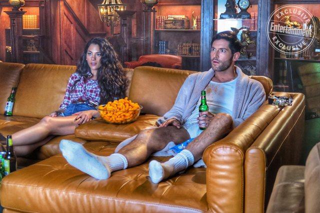 Eva (Inbar Lavi) y Lucifer Morningstar (Tom Ellis) en la temporada 4 de Lucifer. Imagen: Entertainment Weekly
