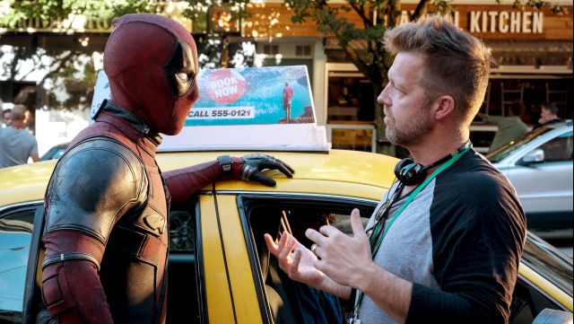 Ryan Reynolds como Deadpool y el director David Leitch en el set de Deadpool 2 (2018). Imagen: 20th Century Fox