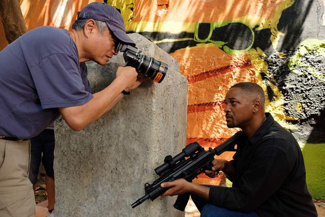 El director Ang Lee y Will Smith en el set de Gemini Man (2019). Imagen: Ben Rothstein/Paramount Pictures