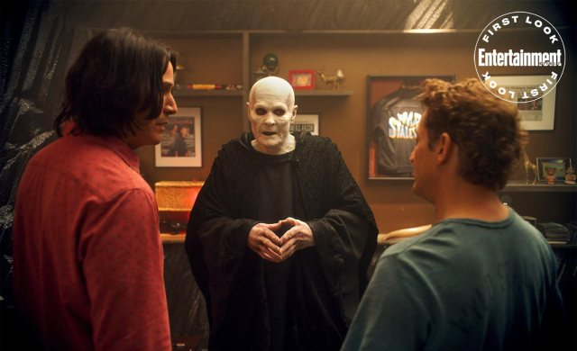 "Keanu Reeves como Ted ""Theodore"" Logan, William Sadler como The Grim Reaper y Alex Winter como Bill S. Preston Esquire en Bill & Ted Face the Music (2020). Imagen: Orion Pictures"