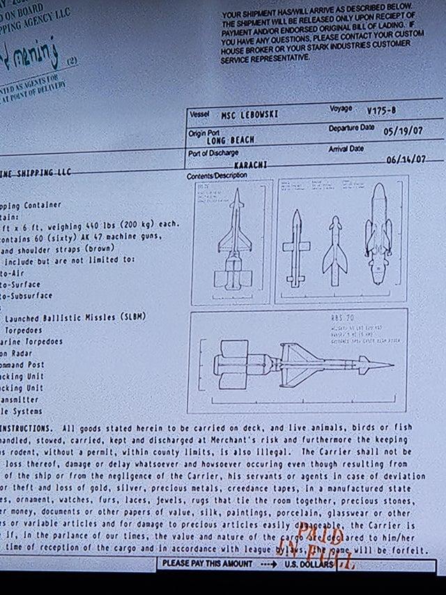 """Un documento con el nombre """"MSC Lebowski"""" en Iron Man (2008). Imagen: r/marvelstudios"""