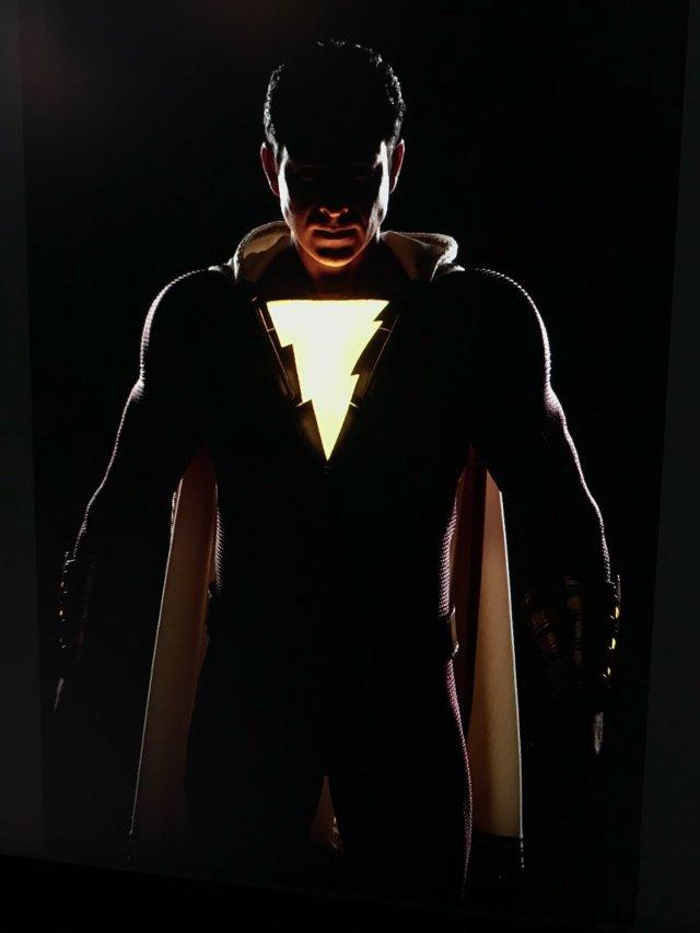 Zachary Levi como el Mortal Más Poderoso del Mundo en Shazam! (2019). Imagen: David F. Sandberg Twitter (@ponysmasher).