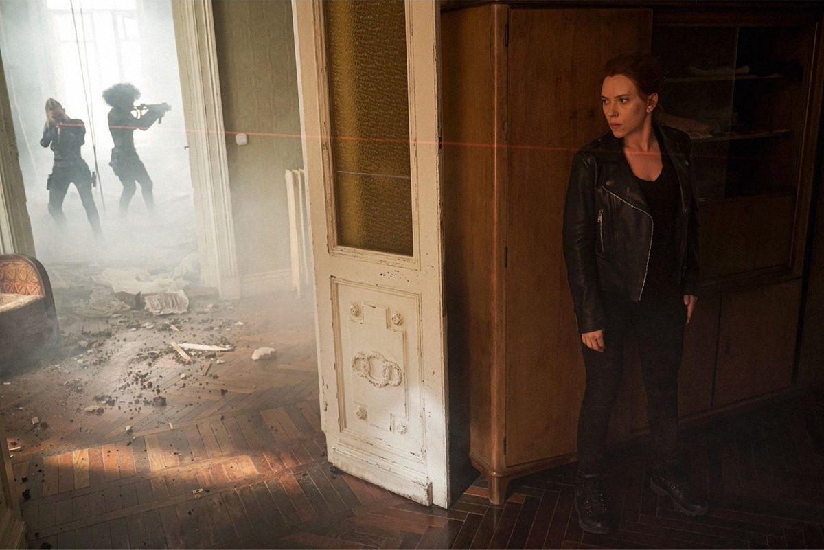 Scarlett Johansson como Natasha Romanoff en Black Widow (2020). Imagen: Black Widow Movie Twitter (@BlackWidow_Film).