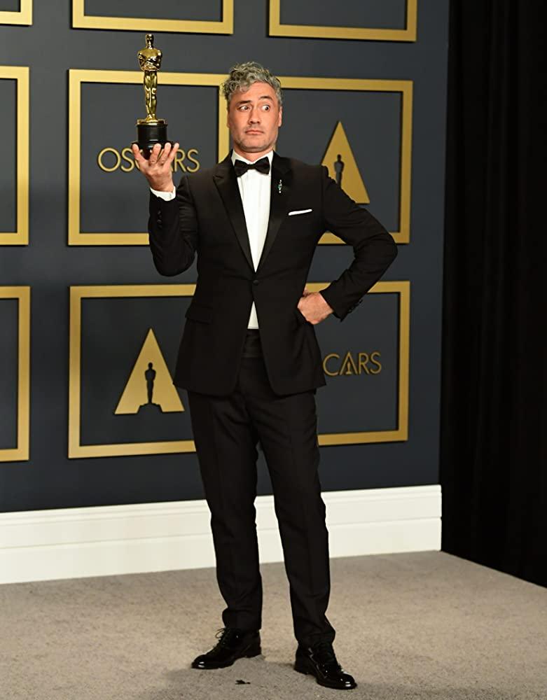 Taika Waititi en los Premios de la Academia 2020. Imagen: gettyimages.com
