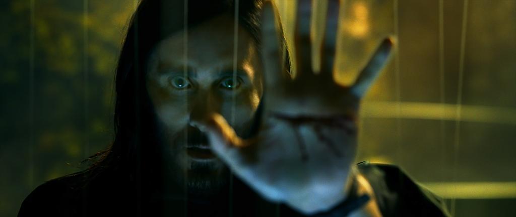 Jared Leto como el Dr. Michael Morbius en Morbius (2021). Imagen: IMDb.com