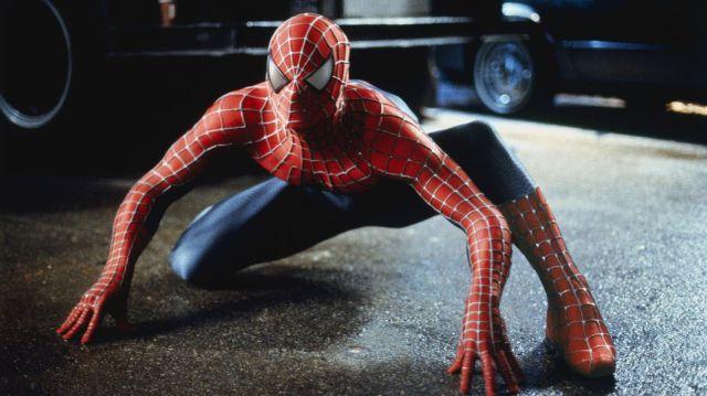 Spider-Man (Tobey Maguire) en Spider-Man (2002). Imagen: Columbia Pictures