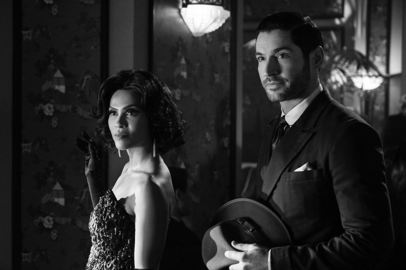 Lesley-Ann Brandt y Tom Ellis en el episodio 4 de la temporada 5 de Lucifer. Imagen: See What's Next Twitter (@seewhatsnext).