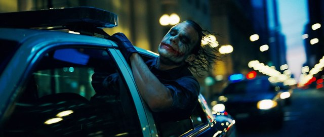 Heath Ledger (1979-2008) como The Joker en The Dark Knight (2008). Imagen: DC Comics/Warner Bros. Entertainment