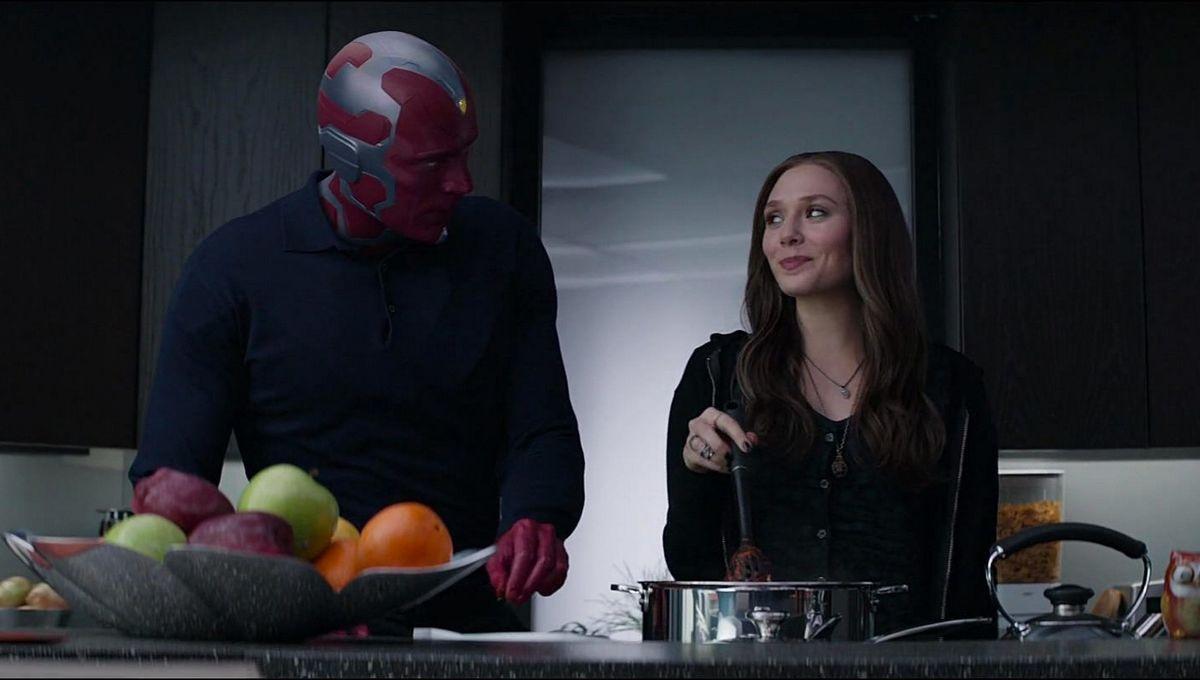 The Vision (Paul Bettany) y Wanda Maximoff/Scarlet Witch (Elizabeth Olsen) cocinando en una escena de Captain America: Civil War (2016). Imagen: Marvel Studios