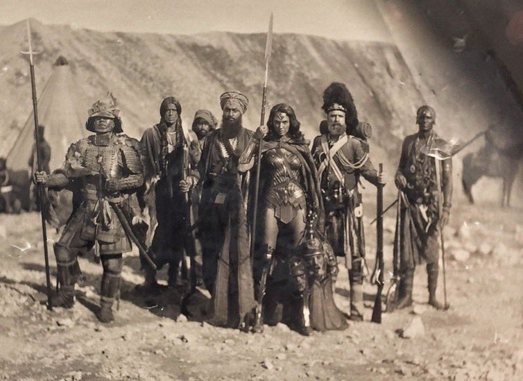 Wonder Woman (Gal Gadot) y sus aliados durante la Guerra de Crimea (1853-1856). Imagen: Zayyan Farooqi Twitter (@ZayyanFarooqi).