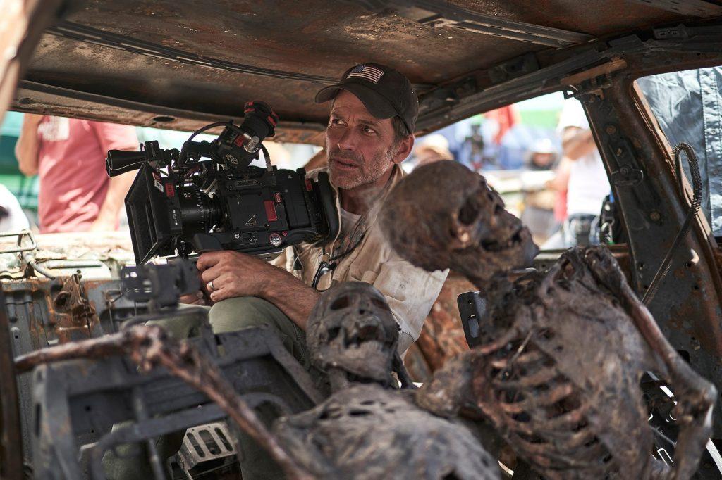 El director y co-guionista Zack Snyder en el set de Army of the Dead (2021). Imagen: Clay Enos/Netflix