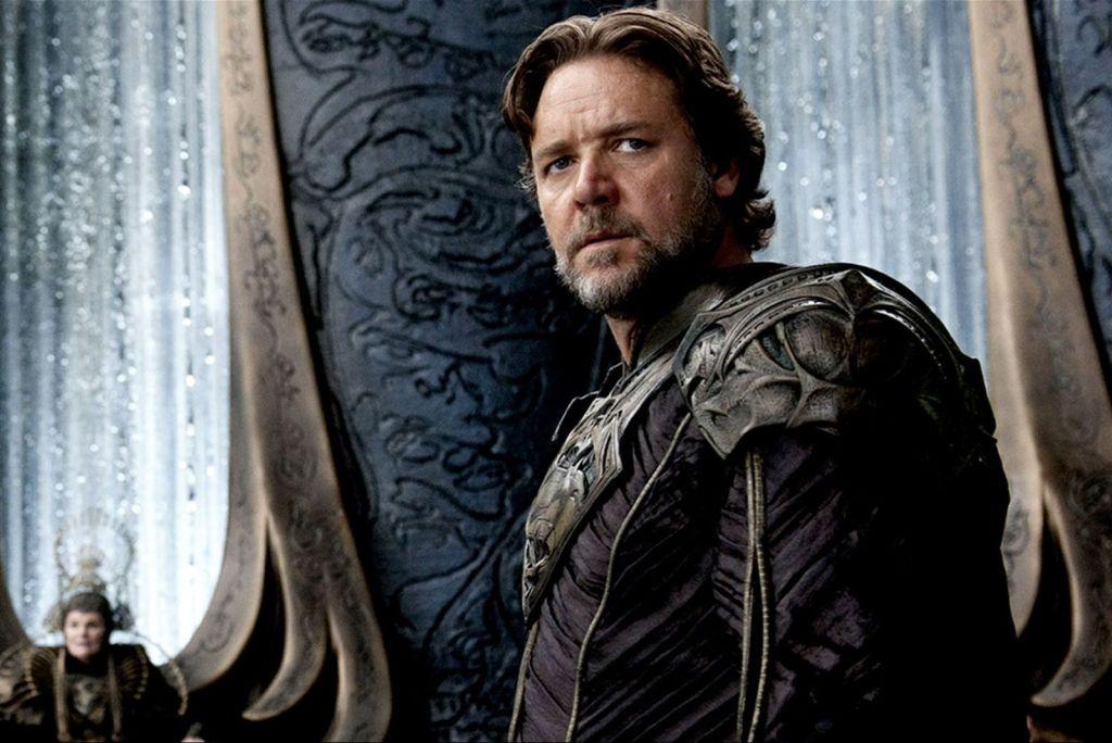 Russell Crowe como Jor-El en Man of Steel (2013). Imagen: pinterest.com