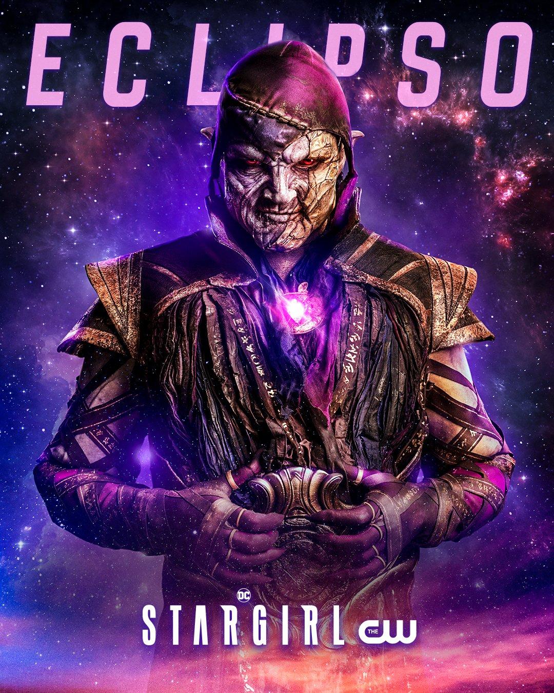 Eclipso (Nick Tarabay) en la temporada 2 de Stargirl. Imagen: DC's Stargirl Twitter (@stargirl_cw).