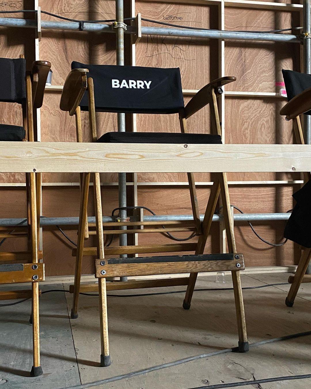 La silla de Barry Allen (Ezra Miller) en el set de The Flash (2022). Imagen: Andy Muschietti Instagram (@andy_muschietti).