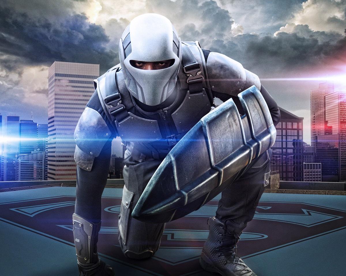 Guardian/James Olsen (Mehcad Brooks) en la temporada 2 de Supergirl. Imagen: dccomics.com