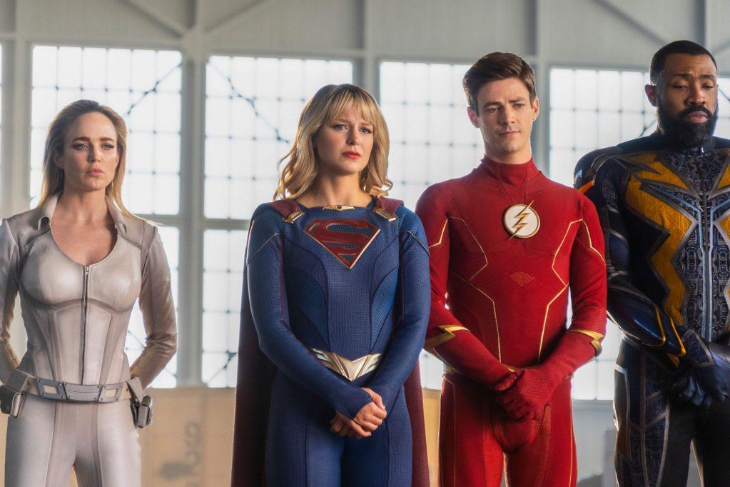 White Canary (Caity Lotz), Supergirl (Melissa Benoist), Flash (Grant Gustin) y Black Lightning (Cress Williams) en el episodio final del crossover Crisis on Infinite Earths (2019-2020). Imagen: Colin Bentley/The CW