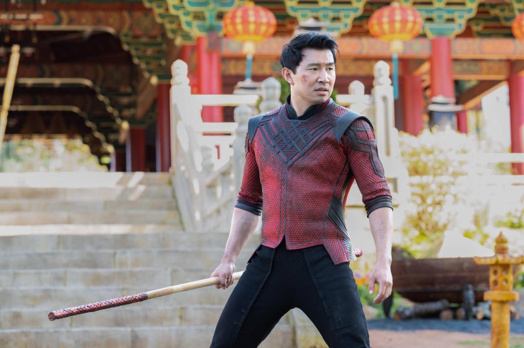 Shang-Chi (Simu Liu) en Shang-Chi and the Legend of the Ten Rings (2021). Imagen: Jasin Bolan/Marvel Studios