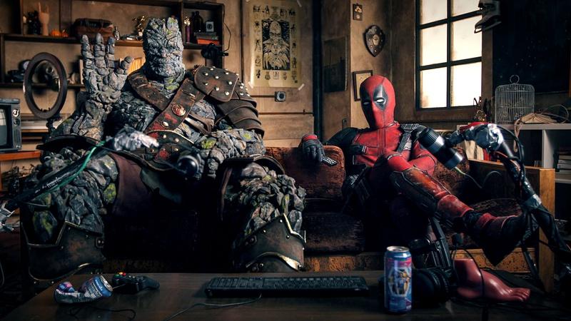 Korg (Taika Waititi) y Deadpool (Ryan Reynolds) en un video promocional de Free Guy (2021). Imagen: thedirect.com